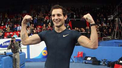 French Pole Vaulter Renaud Lavillenie Breaks 21-Year-Old Indoor Pole Vault Record
