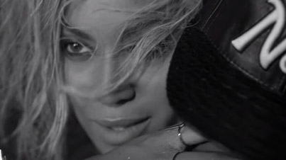 Beyoncé's 'Drunk In Love' Made With Emojis