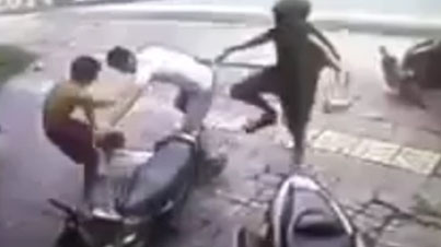 Messed With The Wrong Dude: Thief Attempts To Steal A Motorcycle And Gets What's Coming to Him
