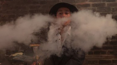 Competitive Vaping: The Ultimate Goal Is To Exhale The Biggest Clouds Possible