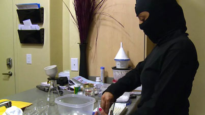 Hood Scientists Cook Up Pharmaceutical Copies Of Popular Drugs In Their Kitchen