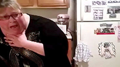 Hilarious: Girl Records Her Mom Freaking Out Over A Spider