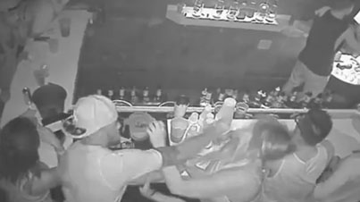 FSU Quarterback De'Andre Johnson Punches Girl In Her Face At Bar