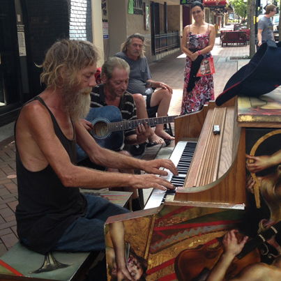 Incredibly Talented: Homeless Man Plays Piano On The Streets of Florida