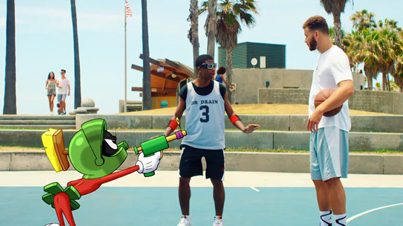 The Dunk To End All Dunks: Blake Griffin vs Marvin The Martian