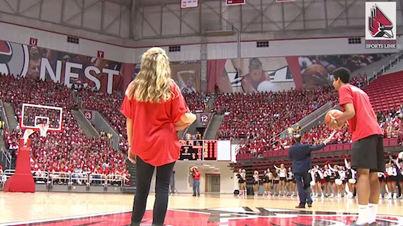 Young Freshman Performs Under Pressure And Sinks Half-Court Shot To Win Free Tuition