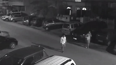 Raw Footage: Delhi Guy Attacks A Woman And Then Some Local Kids Save The Day