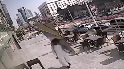 Extremely Lucky Guy Narrowly Escapes Being Cut In Half By Giant Piece Of Glass