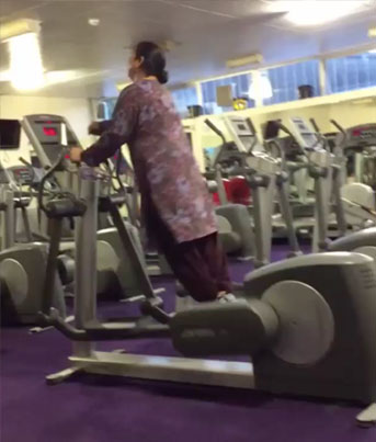 Get Fit Or Die Trying: Punjabi Aunties At The Gym Be Like