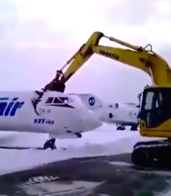 Russian Airport Worker Destroys An Airplane After Getting Fired