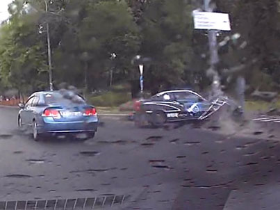 Dude Not Wearing A Seatbelt Gets Thrown From Car