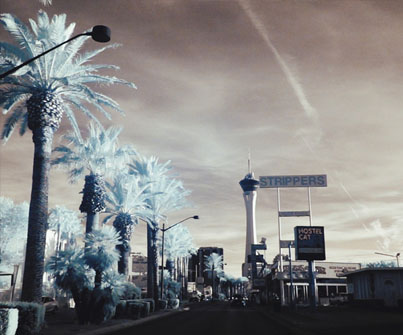 Las Vegas In Infrared 🎲 🎰