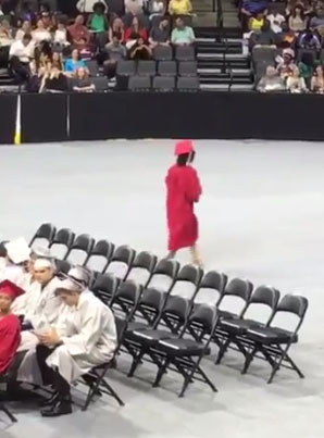 She Received Her Diploma And Walked Right Out 🎓😂😂