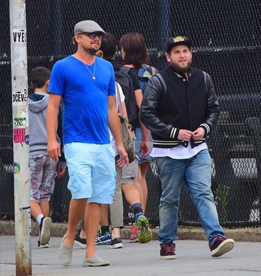 Leonardo DiCaprio Pretends To Be A Crazy Fan To Scare Jonah Hill 😂😭💀