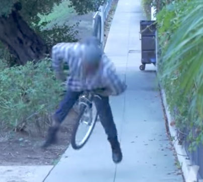 Insane Downhill Bait Bike Prank In The Hood 😂😂