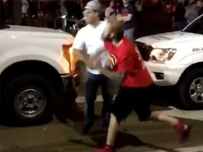 Indians Fan KOs Cubs Fan With Savage Punch 💀😂