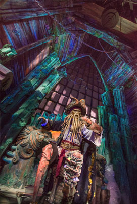 The New 'Pirates Of The Caribbean' At Shanghai Disneyland Is Amazing