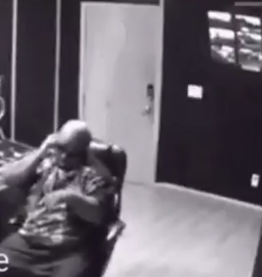 Cee Lo Green's Cell Phone Explodes In His Face 💥📱🤔