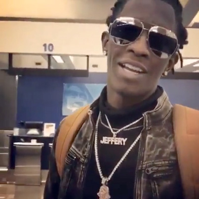 Young Thug Offers Airport Workers $15K To Quit Their Jobs 😈💯