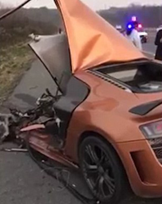 Asian Driver Crashes His Audi R8 Driving At 200 MPH 💀💀💀