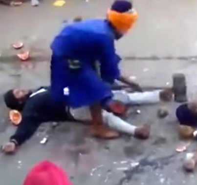Blindfolded Gatka Master Accidentally Nails A Guy In The Head 💀💀💀