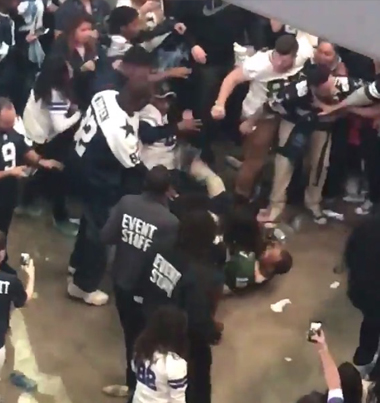 COWBOYS THUGS BEAT UP PACKERS FAN 💀💀💀
