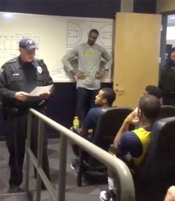 Michigan Basketball Team Uses Cops To Surprise Player With Scholarship 😂😂😂