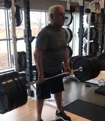 Ric Flair Deadlifts 400 Pounds At 67 💪👊💪👊