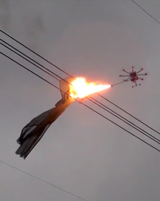 China Is Using Flame-Throwing Drones To Burn Trash Caught On Powerlines 🙏🙏🙏