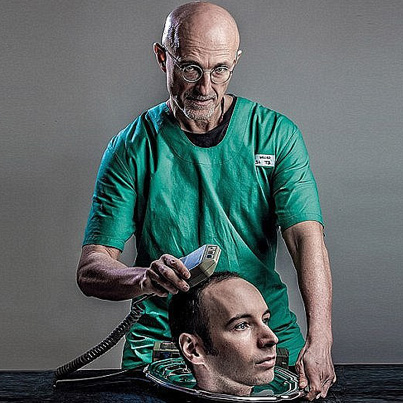 Doctor Ready To Perform The World's First Human Head Transplant 😱😱😱