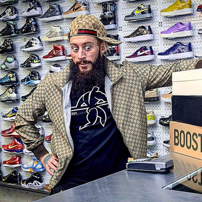 Sneaker Shopping With WWE Superstar Enzo Amore 😳
