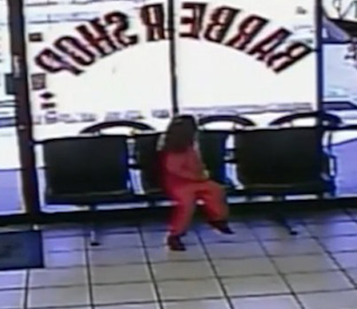4-Year-Old Girl Is Nearly Shot In The Head At Arizona Barber Shop 😱😱😱