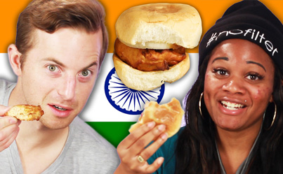 WHITE PEOPLE TRY INDIAN STREET FOOD 🍟🍔😂🇮🇳