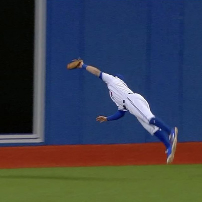 Kevin Pillar's Ridiculous Superman Catch 😳👏🏆⚾️