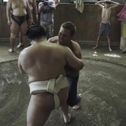 Tom Brady Takes On Sumo Wrestling In The Offseason