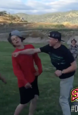 Dude Hit Him With A Combo And Dipped The F**k Out 😂😂😂