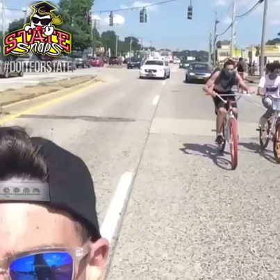 High Speed Chase 🚴🏻👮🏻😂