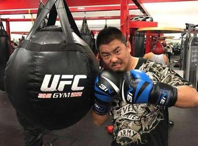 """The MMA Fighter On A Mission To Expose """"Fake Martial Artists"""" In China 🤔🤔🤔"""