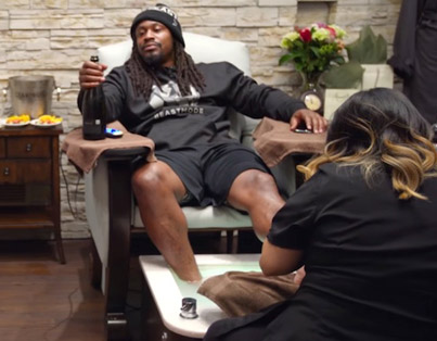 Marshawn Lynch Gets A Pedicure And Drops Some Knowledge 💎💎💎