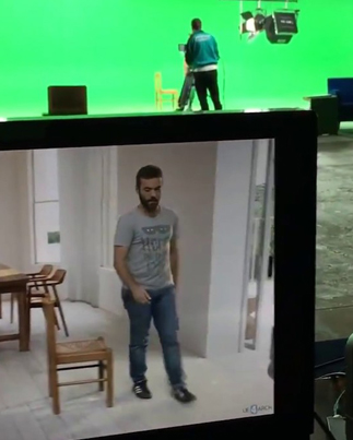 Guy Walks Around A Green Room But The Camera Sees Completely Different 😱🎬✨