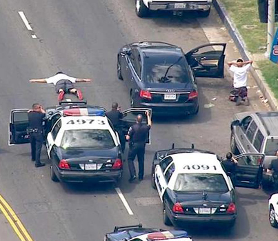 Los Angeles's Dangerous Obsession With Car Chases 🚔