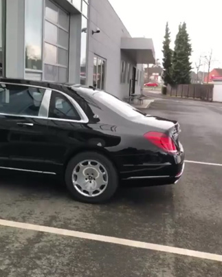 Drake Shows Off The Mercedes Pullman 🔥🔥