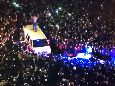 Eagles Fans Flood The Streets Of Philly After Super Bowl LII Win 💚💚💚