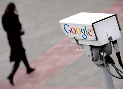 Golden Snitch: News Anchor Explains How GOOGLE Is Tracking People 🐀🐀🐀
