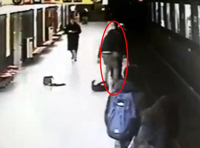 Teenager Jumps Into Train Tracks To Save Toddler In Milan 😱😱😱💀💀
