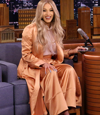Cardi B Becomes The First Ever Co-Host On 'The Tonight Show' 🌶🔥😂