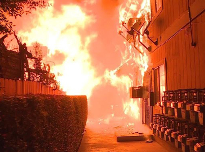 Heroes Save Families From Raging Apartment Fire 🙏🙏🙏