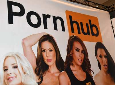 "Pornhub Will Now Accept ""Verge"" Cryptocurrency As Payment For Premium Features"