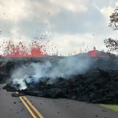Hawaii Is Looking Absolutely Crazy Right Now 🌋🌋🌋