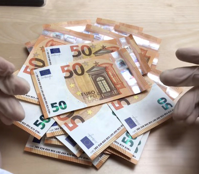Is There Really Cocaine On All European Banknotes? 👍👃